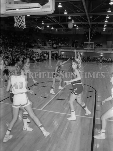 1985 11 20 FFT#47 Girls Northern B Tourney in Shelby, Fairfield vs Simms, Cut Bank_0012