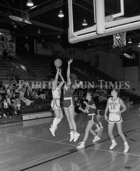 1985 11 20 FFT#47 Girls Northern B Tourney in Shelby, Fairfield vs Simms, Cut Bank_0038