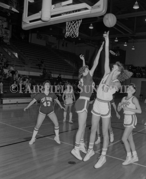 1985 11 20 FFT#47 Girls Northern B Tourney in Shelby, Fairfield vs Simms, Cut Bank_0041
