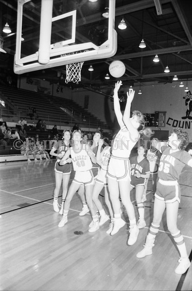 1985 11 20 FFT#47 Girls Northern B Tourney in Shelby, Fairfield vs Simms, Cut Bank_0006