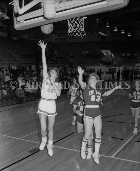 1985 11 20 FFT#47 Girls Northern B Tourney in Shelby, Fairfield vs Simms, Cut Bank_0034
