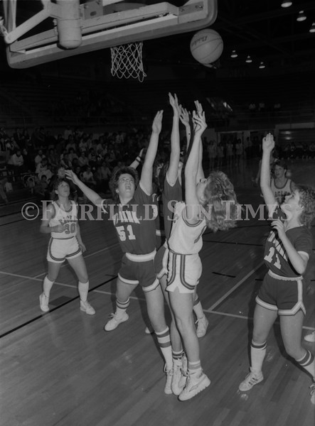 1985 11 20 FFT#47 Girls Northern B Tourney in Shelby, Fairfield vs Simms, Cut Bank_0027