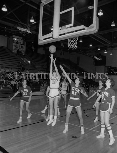 1985 11 20 FFT#47 Girls Northern B Tourney in Shelby, Fairfield vs Simms, Cut Bank_0005