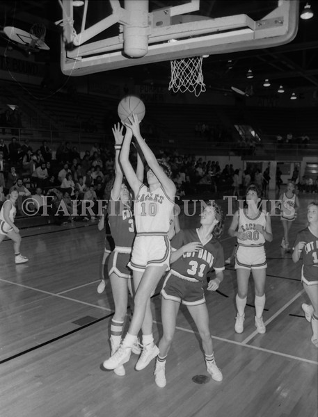 1985 11 20 FFT#47 Girls Northern B Tourney in Shelby, Fairfield vs Simms, Cut Bank_0033