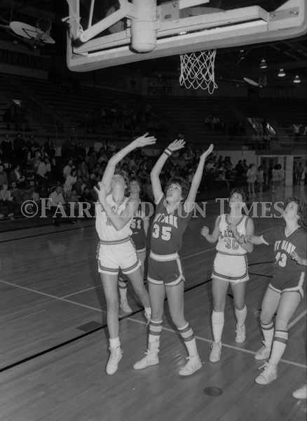 1985 11 20 FFT#47 Girls Northern B Tourney in Shelby, Fairfield vs Simms, Cut Bank_0028