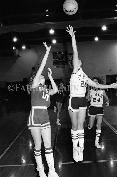 1986 11 26 FFT#48 Fairfield Girls Basketball vs Ft Benton District Tourney_0012