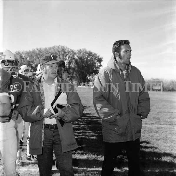 FF Sun Times Fairfield at Simms Football October 1, 1973_20151113_0037