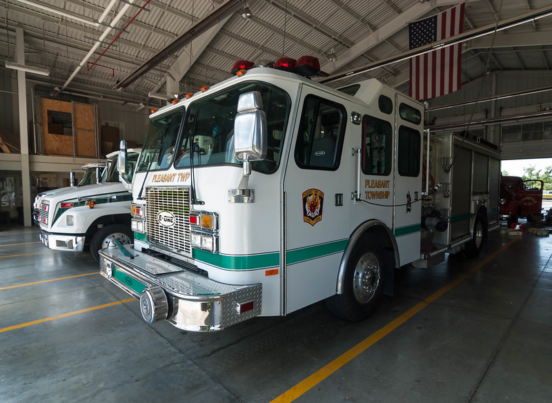 Pleasant Twp Fire Dept E-572