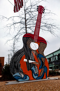 Guitar Art Downtown Tupelo MS_3080