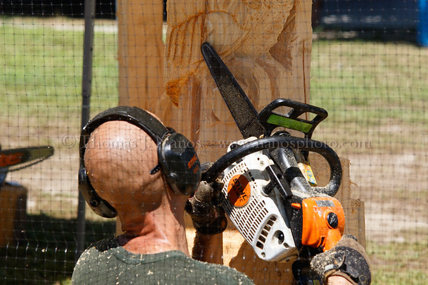 Lebanon Fair Day 3 - Chainsaw carving