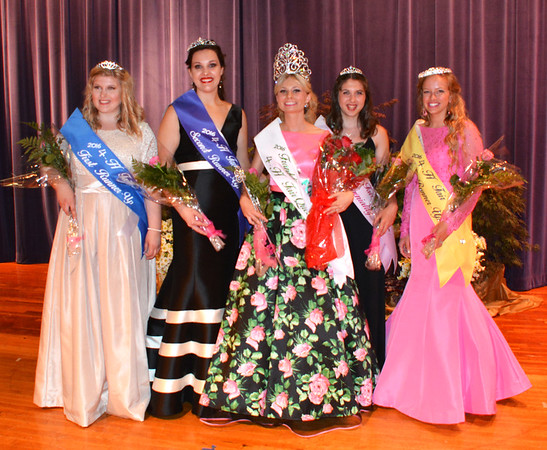 Diane Raver | The Herald-Tribune<br /> Franklin County 4-H Fair Queen Madison Payne (center) and her court (from left), first runner-up Sydney Browning, second runner-up Lauren Koester, Miss Congeniality Kelly Zeiser and third runner-up Kelsey Ball, were crowned June 26.