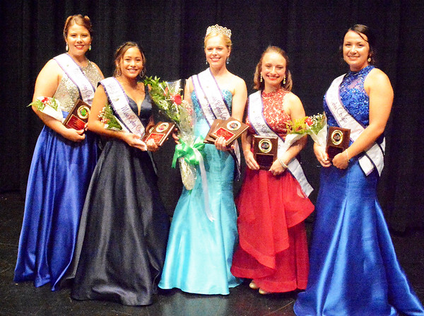Diane Raver | The Herald-Tribune<br /> Ripley County Queen Alyssa Brinkman (center) is joined by her court (from left) first runner-up Bailey Dwenger, fourth runner-up Kayla Meyer, third runner-up Victoria Gobel and second runner-up Michaela Diem.