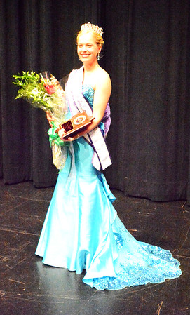 Diane Raver | The Herald-Tribune<br /> Ripley County Queen Alyssa Brinkman was also named Miss Congeniality and received the award for best professioinal wear
