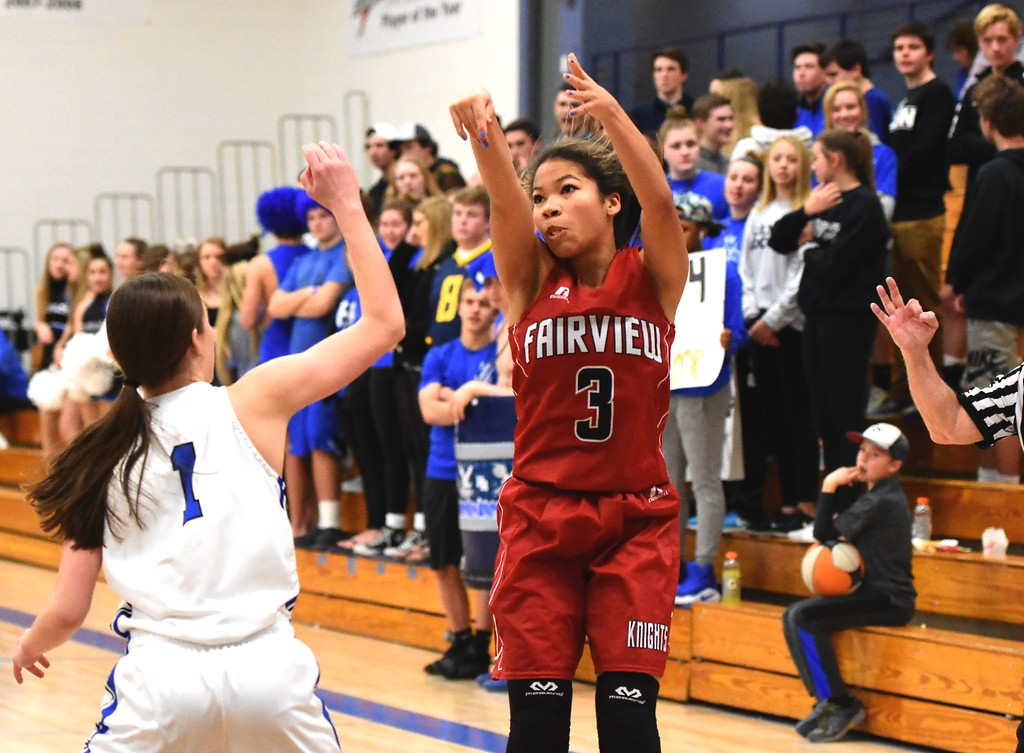 . Adaya Richmond of Fairview High School in action against Highlands Ranch on Tuesday. Brad Cochi Photos