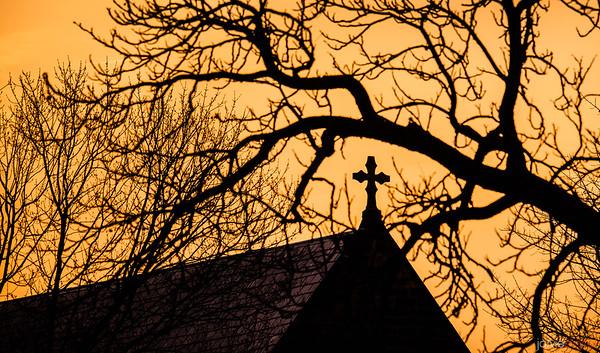 Maryland Chapel Cross