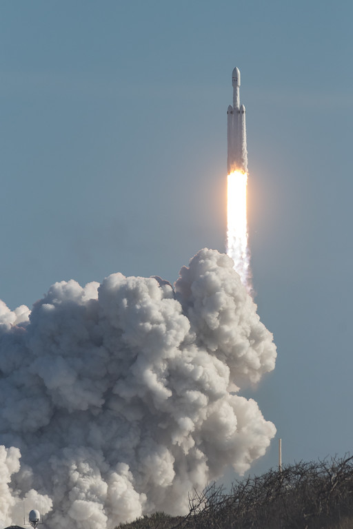 IMAGE: https://photos.smugmug.com/Falcon-Heavy-Launch/i-JhvXNRc/0/b67fa5a2/XL/SpaceX%2002062018-7803-XL.jpg