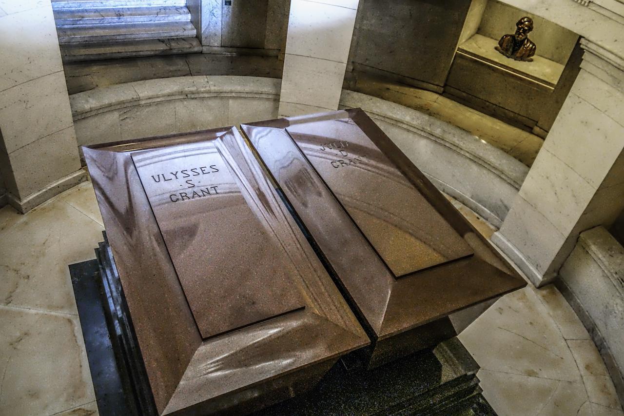 Grant's casket