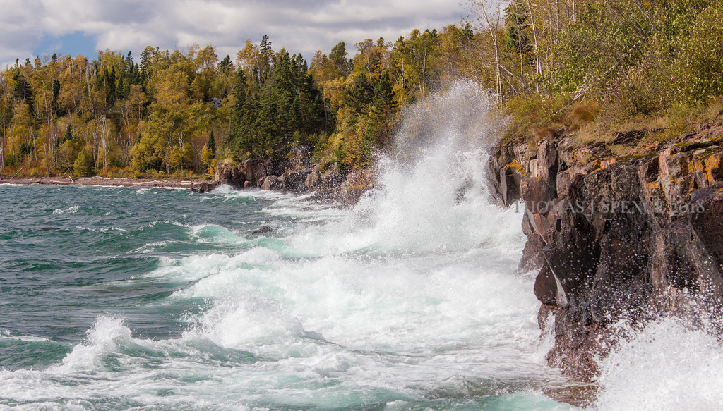 A fall day and nice gale blowing big rollers in east of Temperance River State Park.