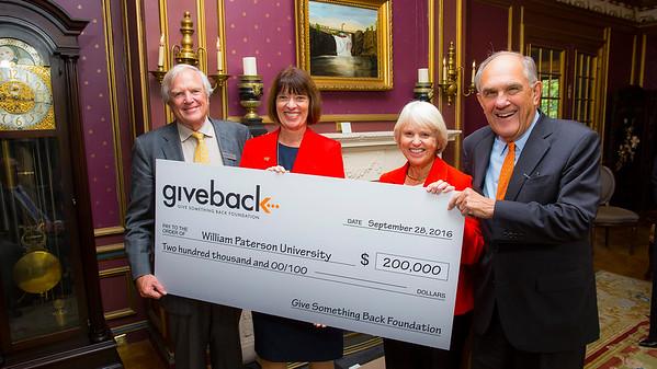Giveback Foundation Donation Bob Carr 9_28_16