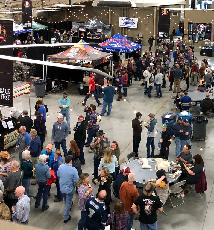 . Fall Back Beer Fest There was a nice crowd throughout the afternoon