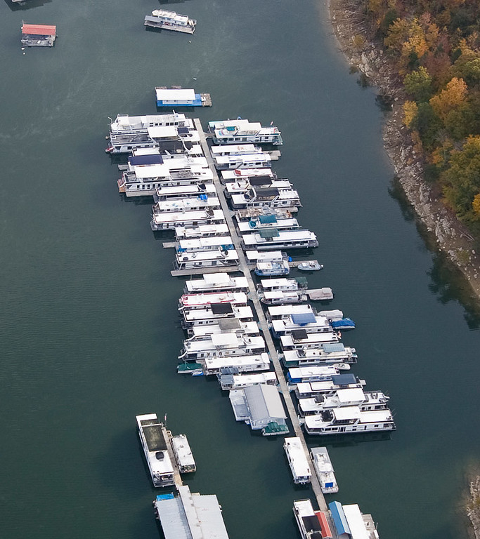 This is the boat dock at 33 Bridge on Norris Lake