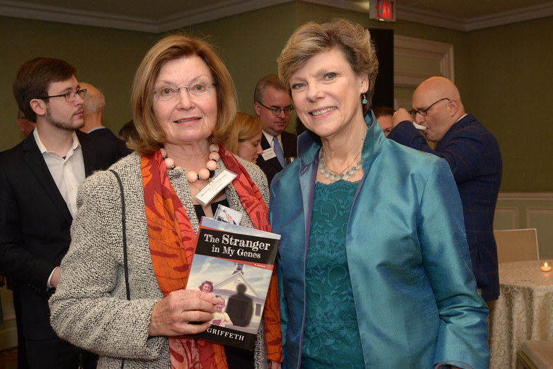 NEHGS Councilor Marjorie Julian and Cokie Roberts