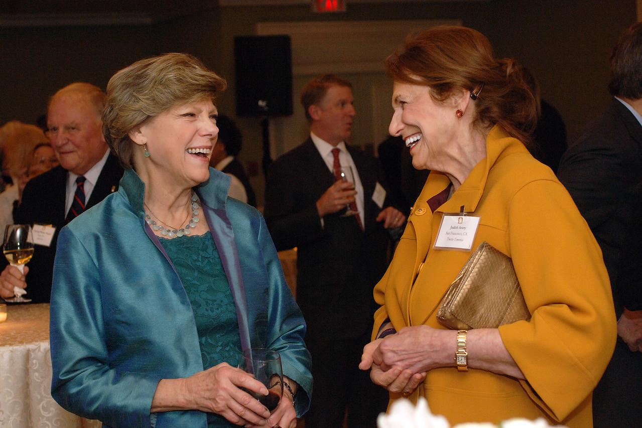 Journalist and author Cokie Roberts and NEHGS Trustee Emerita Judy Avery.