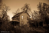 Cerita Jensen Home on Fall River