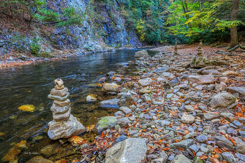 Creek Cairns