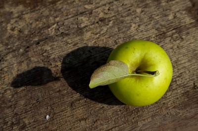 """green apple"""