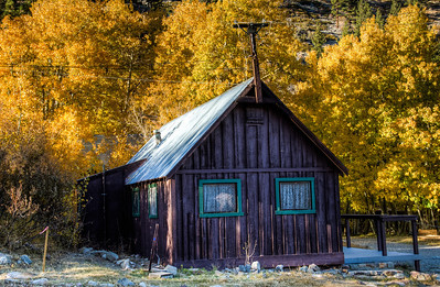 fall-color-mountain-cabin-1