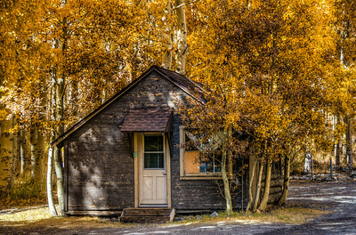 autumn-mountain-cabin-21