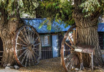 cabin-wagon-wheels-2