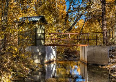 creek-bridge-autumn-leaves-9