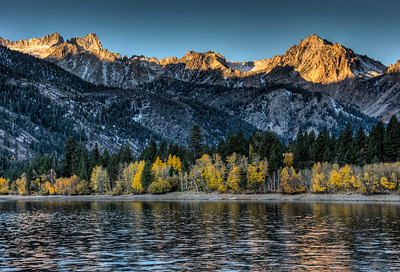 mountains-lake-sunrise-1