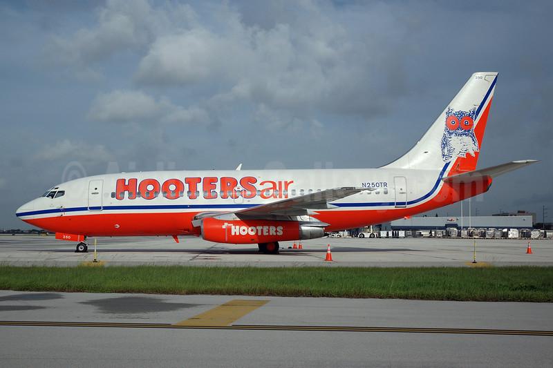 Hooters Air (Pace Airlines) Boeing 737-2K5 N250TR (msn 22597) MIA (Bruce Drum). Image: 100140.