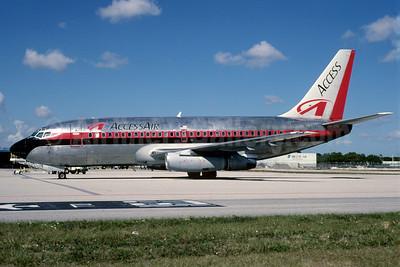 AccessAir Boeing 737-230 N623AC (msn 23157) MIA (Bruce Drum). Image: 101949.
