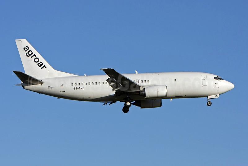 Agroar Carga Aerea (Trabalhos Aereos) (Safair) Boeing 737-3Y0 (F) ZS-SMJ (msn 23500) LIS (Pedro Baptista). Image: 906695.