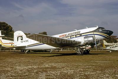 AeroEjecutivos Douglas DC-3C YV-415C (msn 43085) MIA (Bruce Drum). Image: 105515.