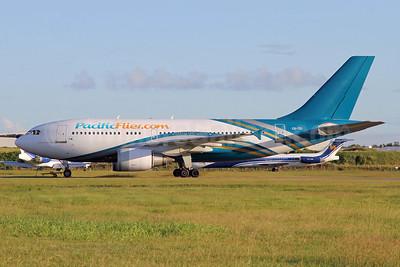 PacificFlyer.com (Hi Fly) Airbus A310-304 CS-TEI (msn 495) (Oman Air colors) BNE (Peter Gates). Image: 904884.