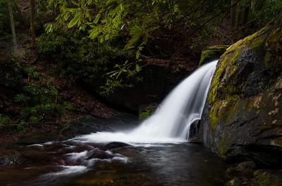 Raven Cliff Trail Waterfalls