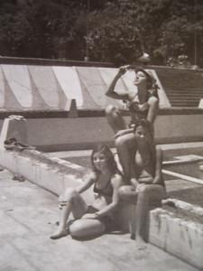 """Piscina Andrada"" Vis Rodrigues, Ermelinda e Mimi Veiga"