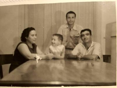 Familia Cardoso e amigo