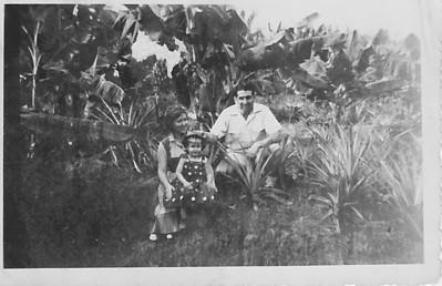 Prospecção 1954 Manuel Tavares, Aurora Tavares e filha Nany
