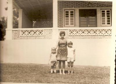 Dundo,  Carlita e familia Grova