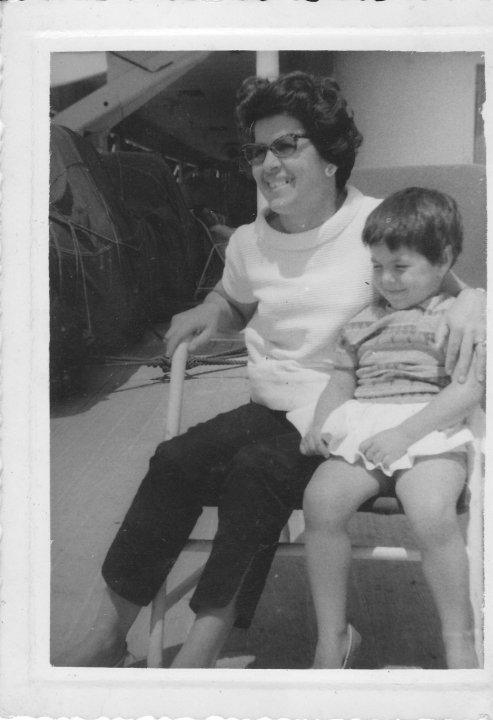 Viagem no Paquete Vera Cruz, Agosto de 1960 Esperanca Josefa e filha Ana Maria