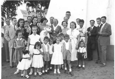 Saurimo: Borges de Sousa (responsável pelos escritórios da Diamang em Saurimo) o Barata, o João Abraão, a Bibi Abraão, a D. Rosa Xavier Martins, ....???