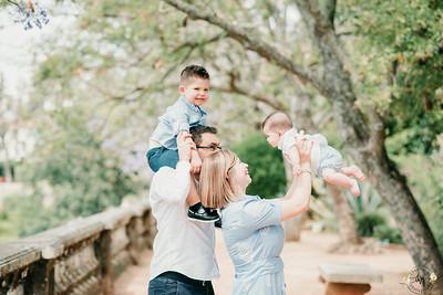 Family Love - Joana Bernardo