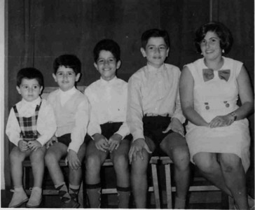 Manos Pinto Soares:  Rogerio, Ze', Nuno, Jorge e Isabel