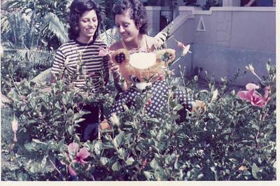 Maria João e Isabel Henning